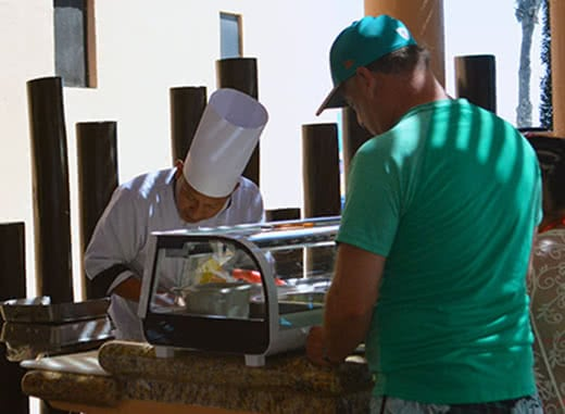 hotel in cabo with snack bar and fast food. solaris hotel: royal solaris los cabos all inclusive